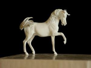 arabian-horse-sculpture-artist-resin